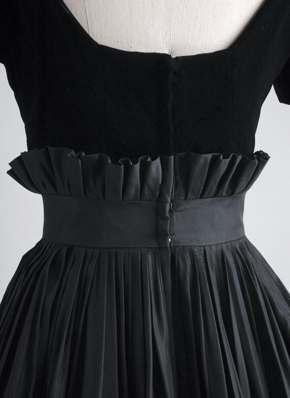 1950s Gigi Young black velvet + taffeta ruffle dr… - image 9