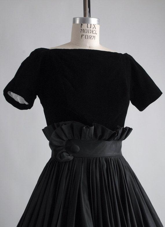 1950s Gigi Young black velvet + taffeta ruffle dr… - image 5