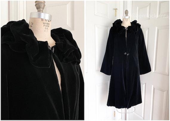 1930s Black Velvet Ruffled Collar Opera Coat
