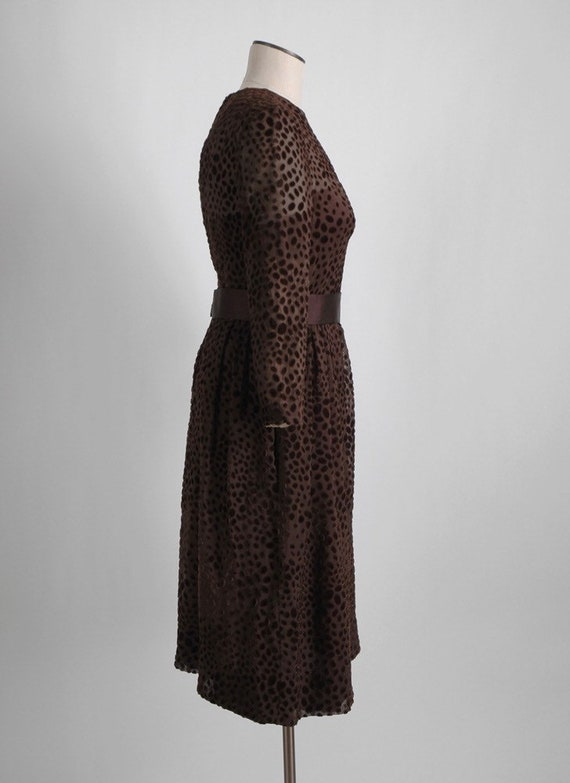 1960s 70s Mollie Parnis Brown Burnout Velvet Dres… - image 6