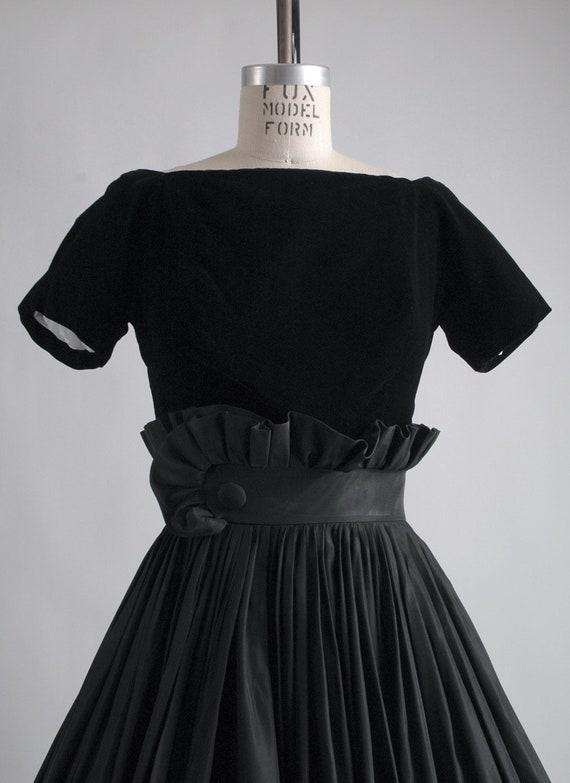 1950s Gigi Young black velvet + taffeta ruffle dr… - image 2