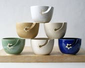SHIPPING JANUARY - Choose your colour - Stoneware pottery yarn bowl with little star hook