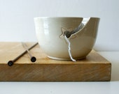 DISPATCHING ASAP - Stoneware pottery yarn bowl with little star hook in simply clay