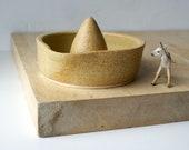 Stoneware pottery citrus fruit juicer - glazed in natural brown
