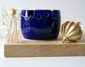 DISPATCHING ASAP - Wool ceramic yarn bowl glazed in ocean blue