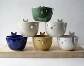 SHIPPING JANUARY - Choose your colour - The little wren bird pottery yarn bowl