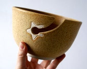 DISPATCHING ASAP - Stoneware pottery yarn bowl with little star hook in natural brown