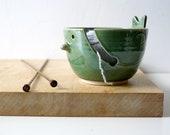 DISPATCHING ASAP - The little wren bird pottery yarn bowl in forest green