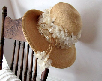Totally Romantic Straw Hat With Luscious Flowers