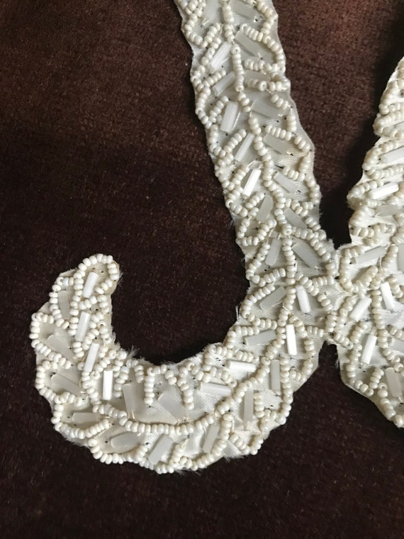 VINTAGE Glitter dressy small ladies beaded pin on COLLAR Hand sewn beads to fabric Bow tie style