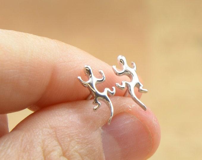 Gecko stud tiny earrings-sterling silver-handmade-gift-boho nature
