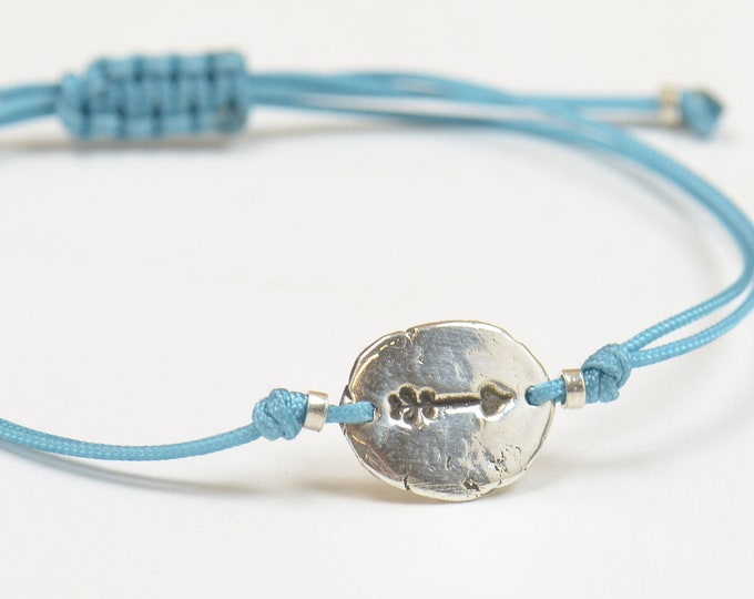 Sterling silver arrow bracelet.Artisan Bead.Handmade rustic bead.Metalsmithing silversmith metalsmith
