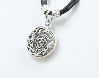 Sterling silver Om Yoga charm necklace pendant-Sterling silver.Mens or women.Protection