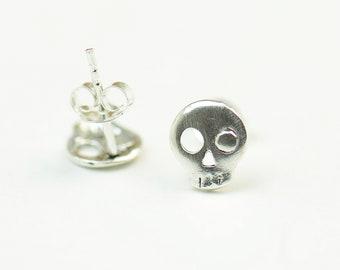 Skull sterling silver stud tiny earrings-sterling silver-handmade-gift-boho skull