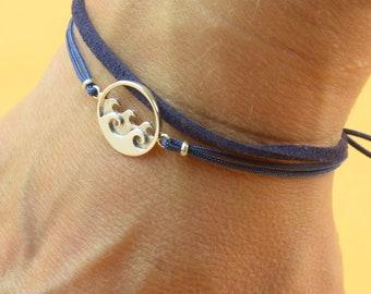 Sterling Silver Wave windsuf charm bracelet. Mens bracelet