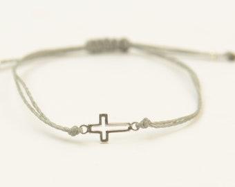 Sterling silver tiny cross charm bracelet