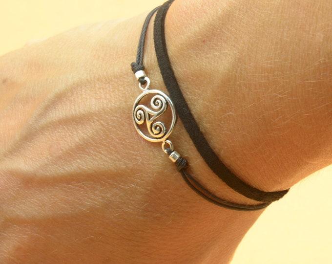 Sterling Silver Triskel charm bracelet. Mens bracelet