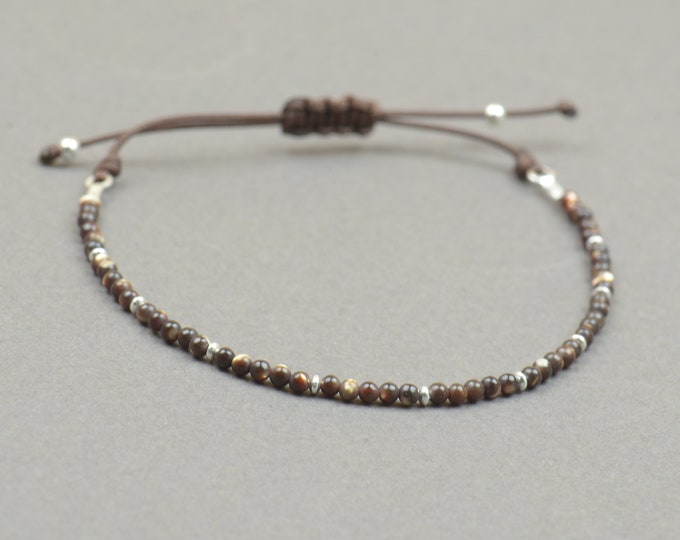 Tiny brown mother of pearl beads bracelet