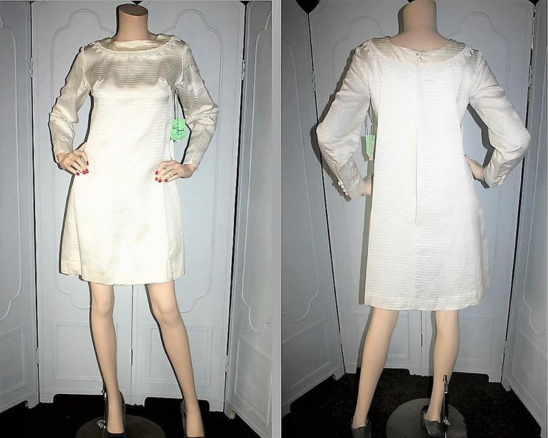 Vintage UNWORN Off-White Long Sleeve Formal Dress. Petite image 0