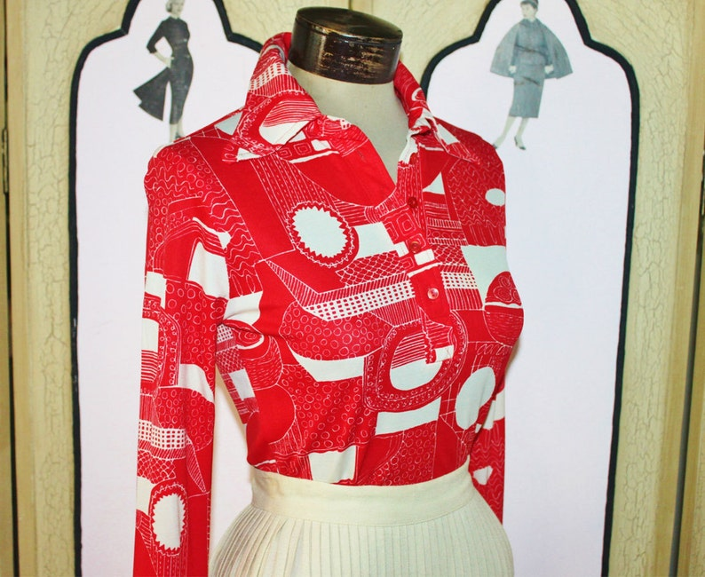 Vintage 1970's Funky Red and White Abstract Print Blouse. image 0