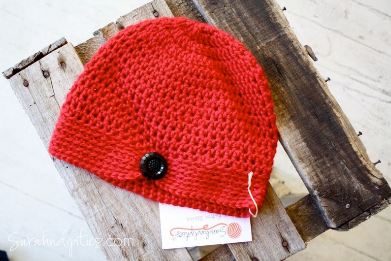 Poppy Crochet Cancer Hat Women/'s Crochet Flapper Hat Black Flower Button Flapper Beanie - Vintage Style Vivid Red