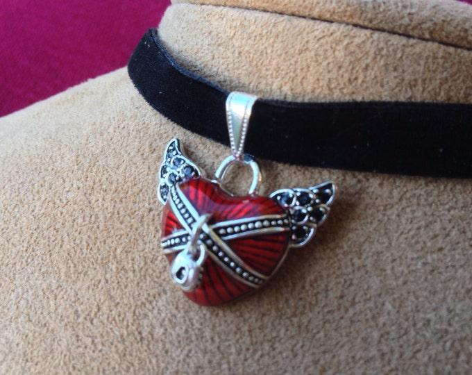 Red Heart in Chains on Black Velvet Choker