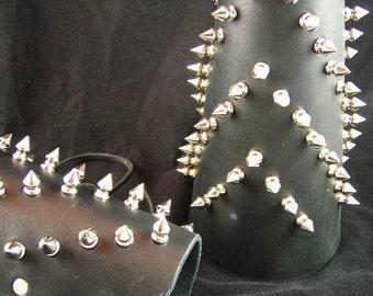 Spiky Arm Guard - Half inch spikes