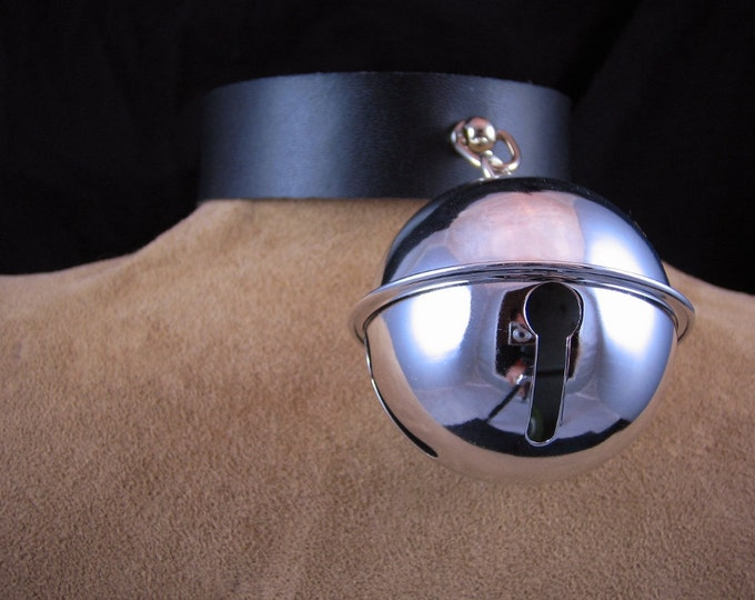 Huge Silver Bell Collar
