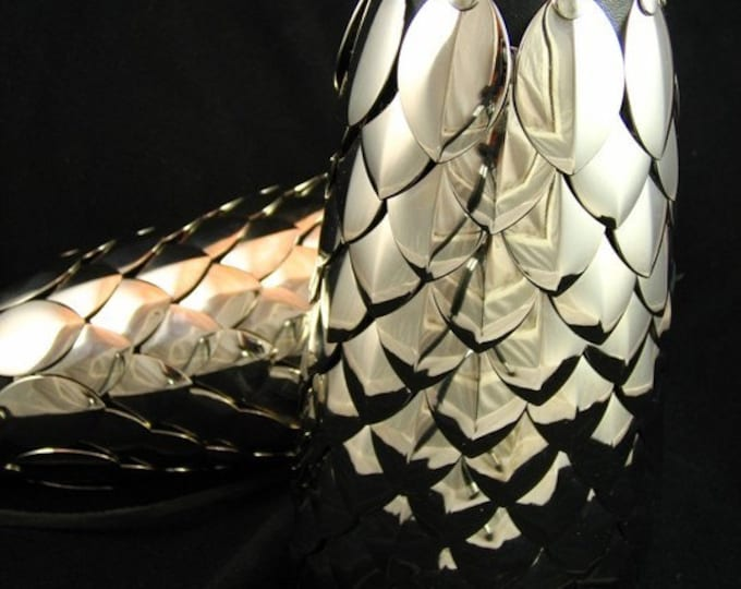 Silver Dragon Scale Bracer