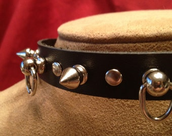 Spiked Collar with Three Small Knocker-type Rings