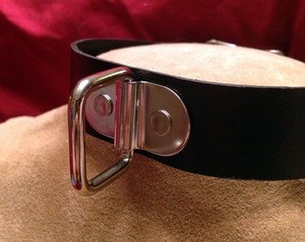 Single Square Ring Leather Collar