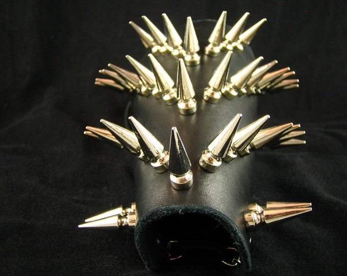 Spiky Arm Guard