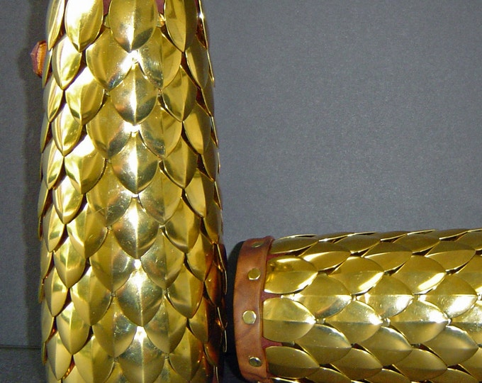 Dragon Scale Bracer