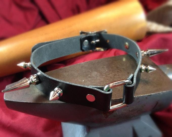 Square-Ring, Spiked Bondage Collar