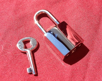 Small Nickel-Plated Square  Working Padlock