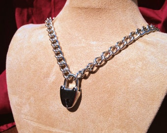 Chain Choker with Rounded Padlock
