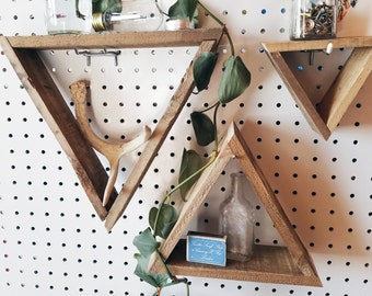 3 Pallet Wood Triangle Shelves / pallet wood shelf, geometric shelf, triangle shelf, pallet wood art, reclaimed wood shelf, pallet art