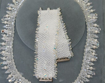 white bridal Swarovski crystals,fresh water pearls set, necklace, bracelet