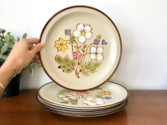 Mid Century Boho Dining Plates Set Of 4 Floral 70u0027s | Etsy