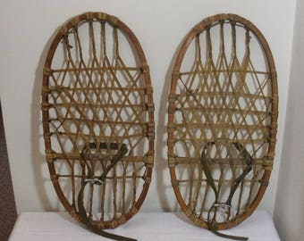 Vintage Military Lund Wood Snowshoes - Bear Paw