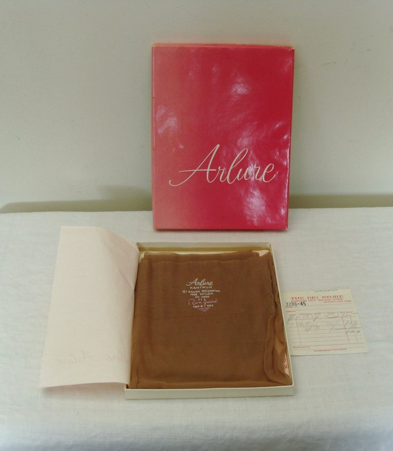 16c183dc5cb Vintage 1 Pair Arlure Seamed Stockings in Box Size 11 L