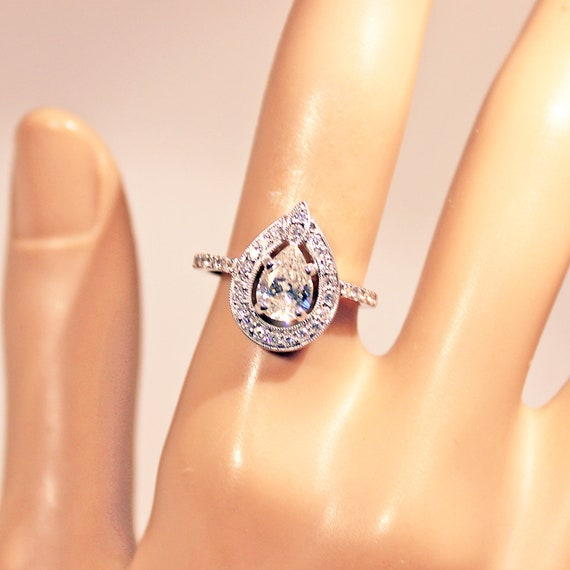 1.75 Ct Pear Teardrop Cut Solitaire Engagement Wedding Ring Real 18K Yellow Gold