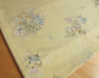 Mellow Yellow - vintage flat bedsheet