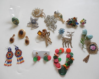 Vintage Jewelry Lot #4 of 15 Costume Jewelry Pieces Weiss and More