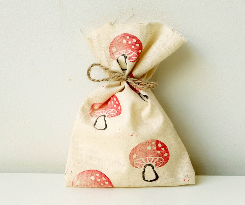WOODLAND Party Favour Bags  Woodland/toadstool/mushroom image 0