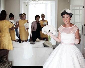 Silk fascinator - bow fascinator - Bridal wedding headpiece - Ivory silk cocktail  hat - Birdcage veil - Ivory wedding hat. cd6862448b4a