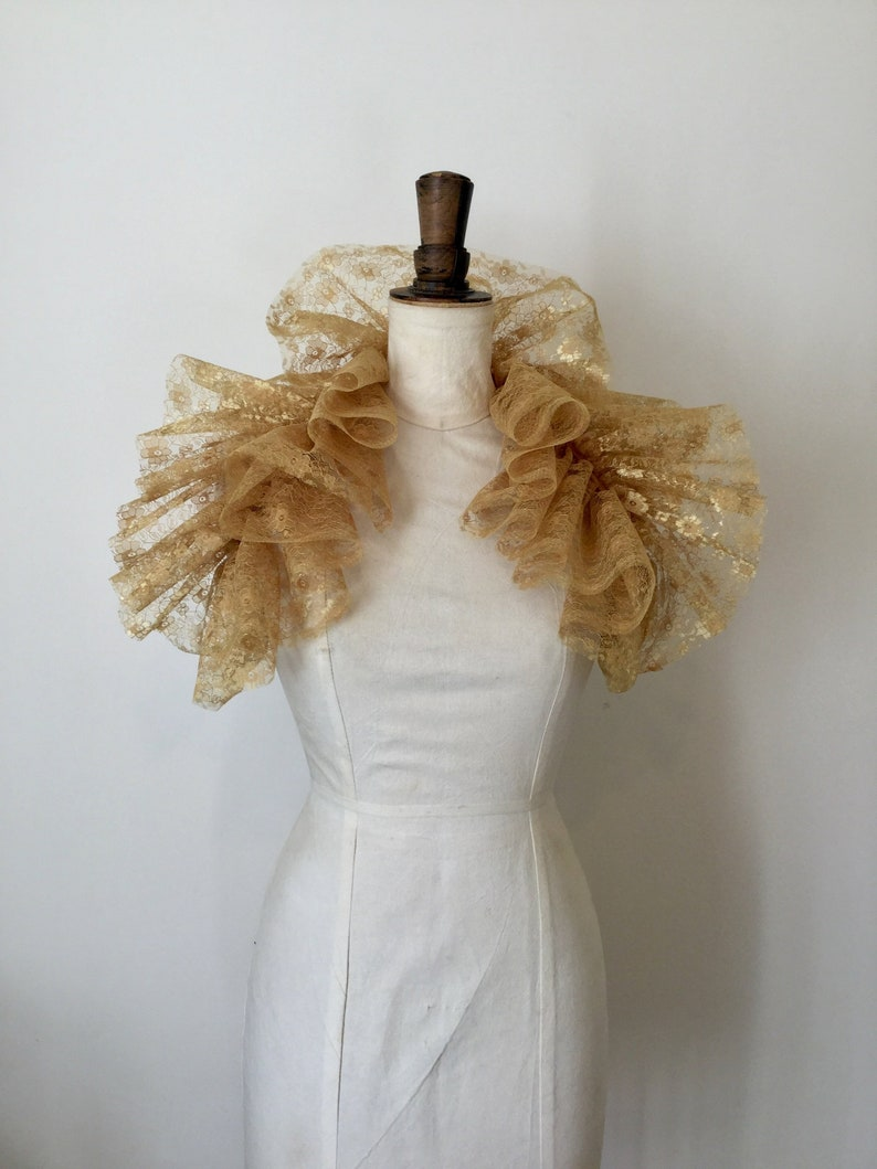 Gothic Burlesque costume. lace neck ruff Gold lace Opera shrug circus ruff