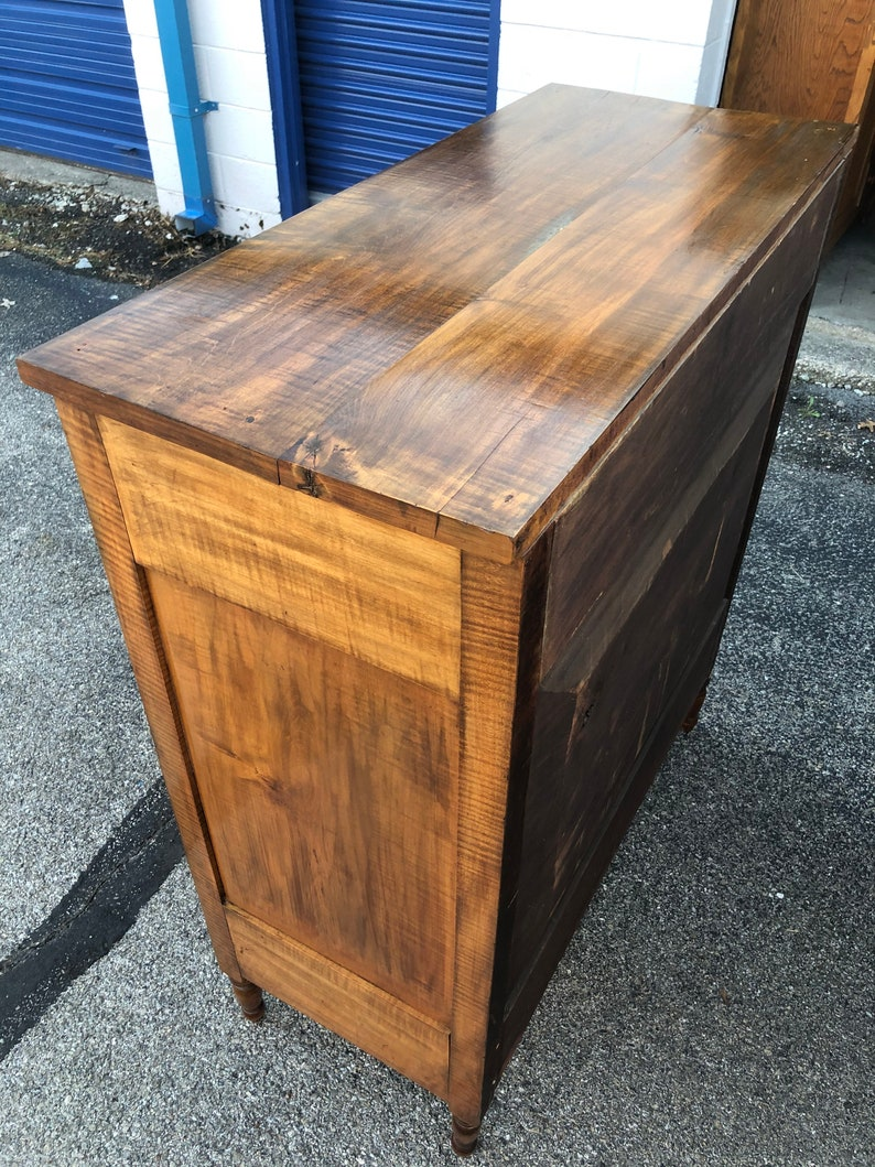 American 19th c Sheraton chest in maple four dovetailed drawers 48h41.5w22d shipping is not free