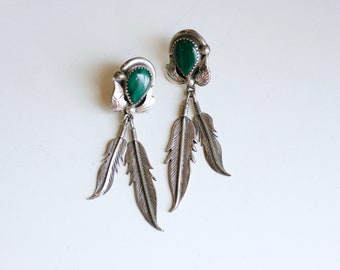 1970s Navajo sterling and malachite long feather dangle earrings / 70s vintage green and silver statement earrings / Native American jewelry