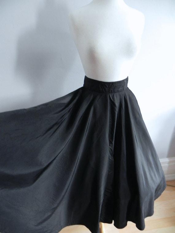 Bewitching Vintage 1940s Taffeta Skirt - 40s 50s B